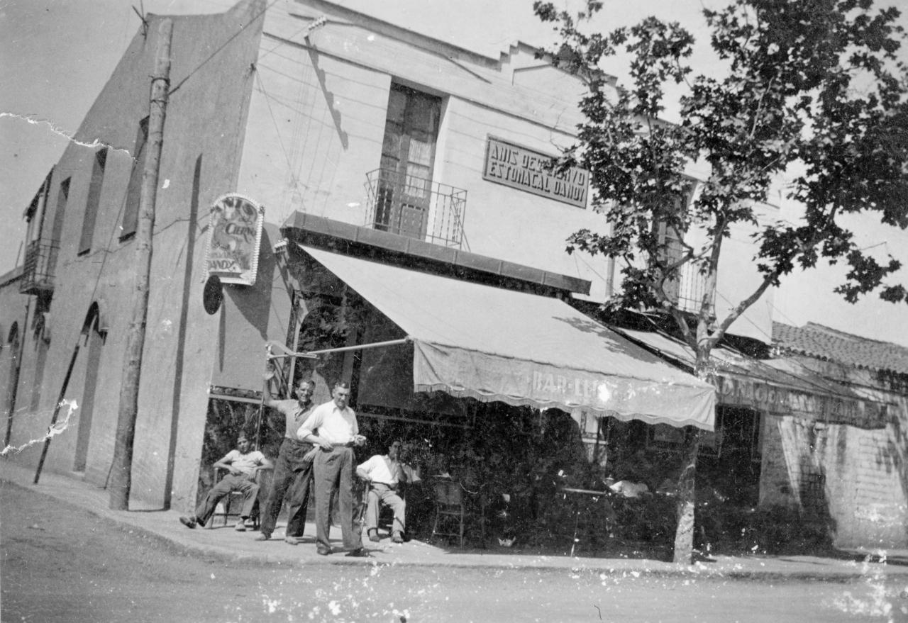 Bar El Lirio (Famille Masachs)