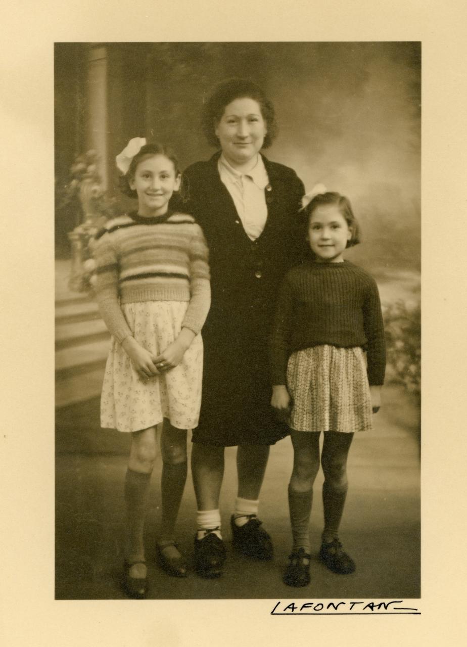 Emilia Masachs, Emilia Borruell et Angelina Masachs (Famille Masachs)