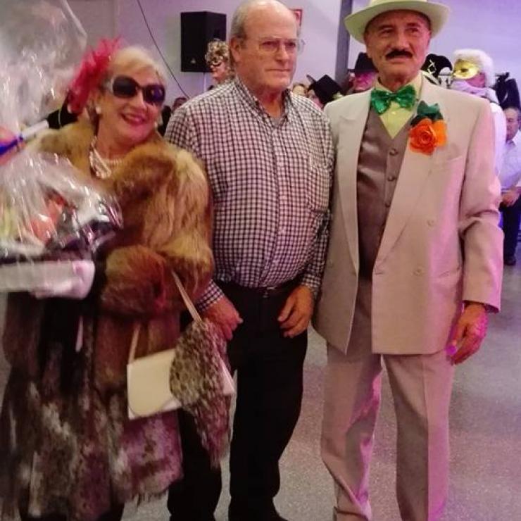 Ball Carnaval de l'AVV La Romànica. Fotos cedides per l'entitat
